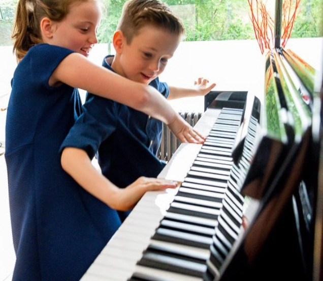 Pianospelen met kinderen